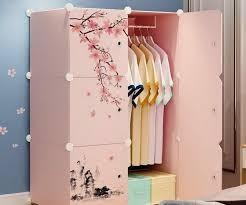 Tả chiếc tủ đựng quần áo